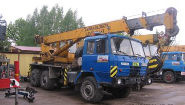 Dźwig: 18 ton   20 m